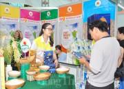Hơn 50 doanh nghiệp tham gia ngày hội Tết 'Gạo ngon - nước mắm Việt'