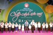"""Bình Điền trao 500 suất học bổng """"Chắp cánh ước mơ"""" cho học sinh nghèo Hà Nam"""