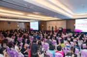 Doanh nhân nữ với mục tiêu phát triển kinh doanh thành công xuyên biên giới