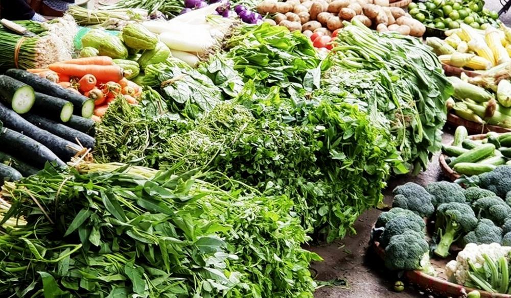 Giá thực phẩm ngày 27/5: Giá rau xanh tiếp tục tăng, thực phẩm ổn định