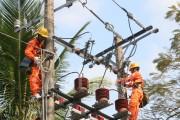 Điện lực Trà Vinh đảm bảo an toàn điện trong mùa mưa bão