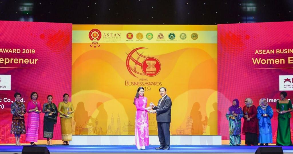 """Tổng Giám Đốc IPPG được vinh danh """"Nữ Doanh nhân ASEAN 2019"""""""