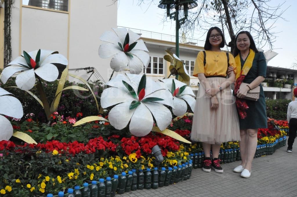 lam dong don hon 250 ngan luot khach trong dip festival hoa