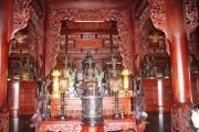 Về phương Nam chiêm bái tượng đài danh nhân nước Việt