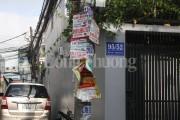 TP. Hồ Chí Minh: Cột điện oằn mình 'cõng'… quảng cáo