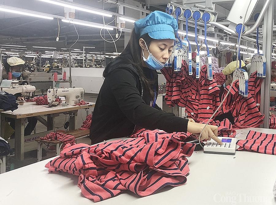 Doanh nghiệp dệt may Nghệ An xuất khẩu hậu Covid-19: Khởi động đầy lạc quan