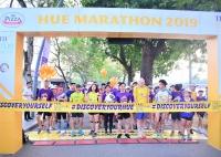 thua thien hue hon 1300 van dong vien tham gia cuoc thi hue marathon 2019