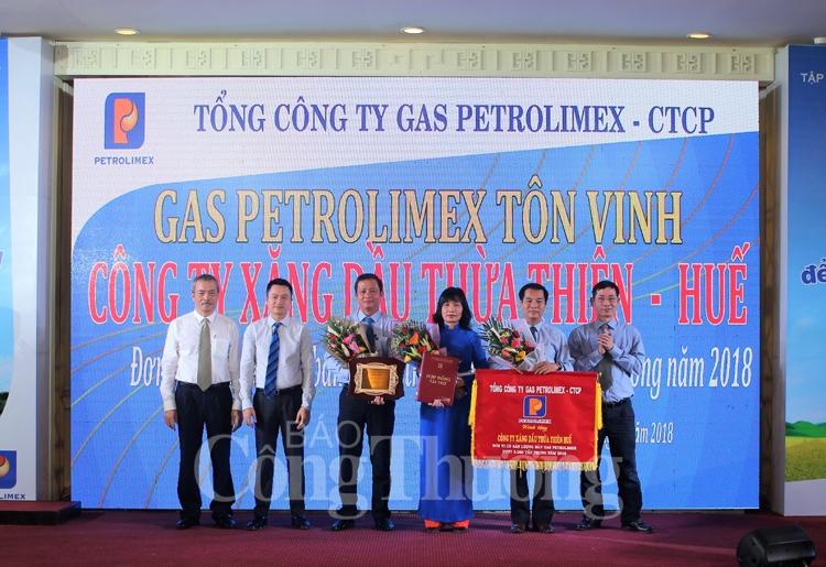 ton vinh cong ty xang dau thua thien hue dat san luong 3000 tan gas petrolimex nam 2018