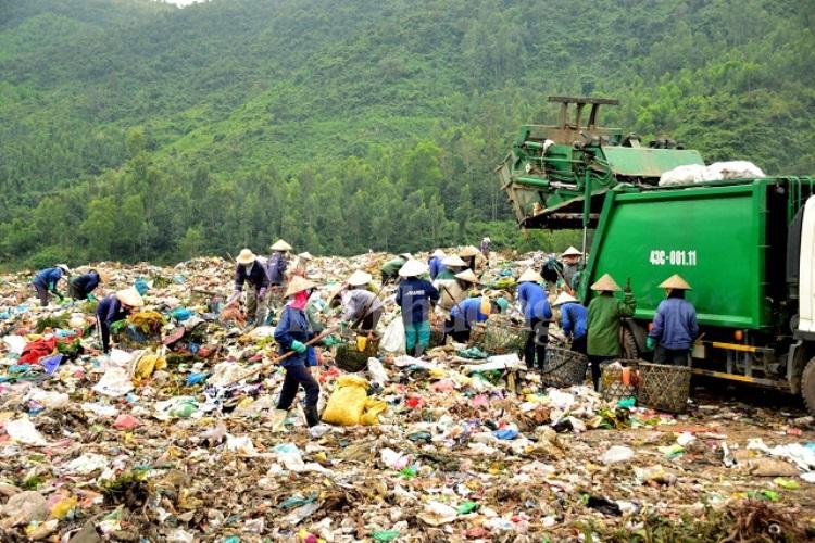 Tìm giải pháp đẩy nhanh tiến độ dự án Khu liên hợp xử lý chất thải rắn