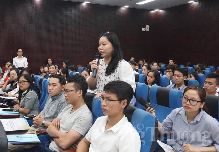 """Đà Nẵng: Chủ tịch UBND thành phố đối thoại """"giữ chân"""" người tài"""