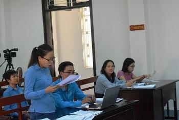 da nang cong nhan khoi kien doanh nghiep doi no luong va che do bao hiem xa hoi