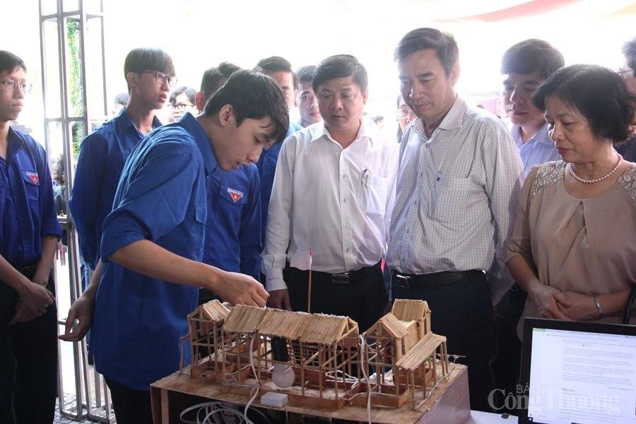 Thôi thúc tinh thần khởi nghiệp ở giới trẻ Đà Nẵng