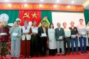 Trường Đại học Đông Á- Trao quà cho cựu binh và gia đình thân nhân liệt sĩ Gạc Ma