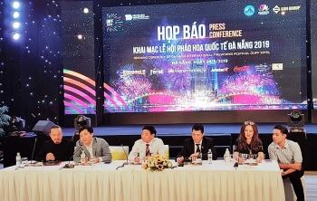le hoi phao hoa quoc te da nang diff 2019 nhung dong song ke chuyen