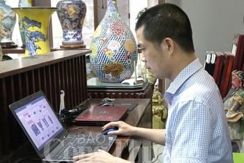 gom bat trang khoi sac nho len san online