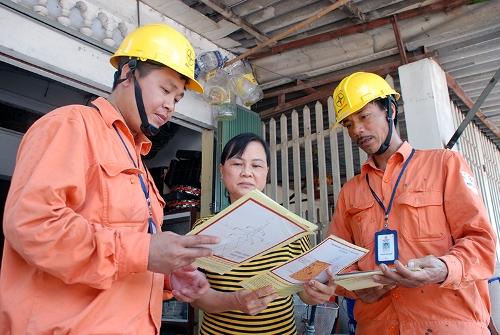 Giảm thiểu 81/300 trường hợp vi phạm hành lang lưới điện trên địa bàn Hà Nội