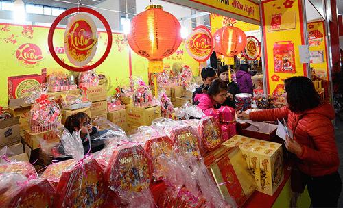 Hưng Yên: 200 gian hàng tham gia Hội chợ Xuân Mậu Tuất 2018