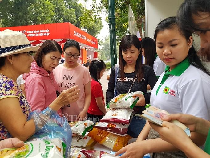 khai mac hoi cho hang hoa nong san thuc pham tet canh ty 2020