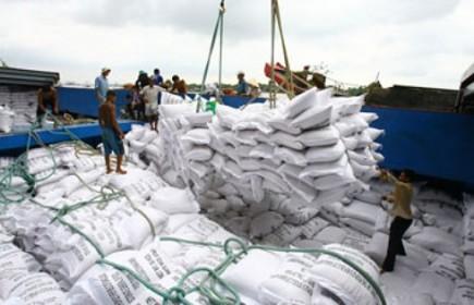 """5 tháng đầu năm 2018, lúa gạo """"được mùa, được giá"""""""