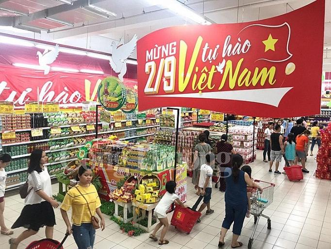 sieu thi go va big c tich cuc quang ba hang viet nam chao mung quoc khanh 29