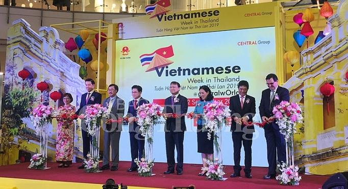 khai mac tuan hang viet nam tai thai lan 2019 dua san pham viet tien sau vao thi truong thai lan