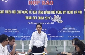 gan 600 nha nhap khau tham gia hoi cho ha noi giftshow 2019