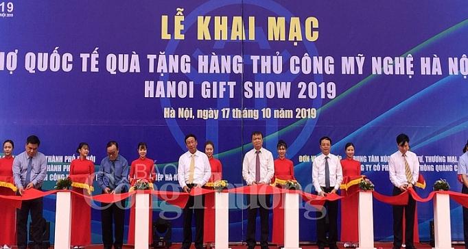 khai mac hoi cho quoc te qua tang hang thu cong my nghe ha noi 2019