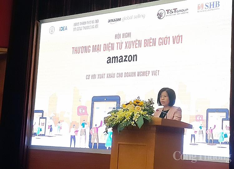 Bà Nguyễn Thị Minh Huyền - Phó Cục trưởng Cục Thương mại điện tử và Kinh tế số (Bộ Công Thương) - phát biểu tại hội thảo