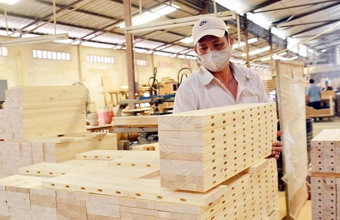 Trong khó khăn, DN  ngành gỗ sẽ thể hiện bản lĩnh khác nhau