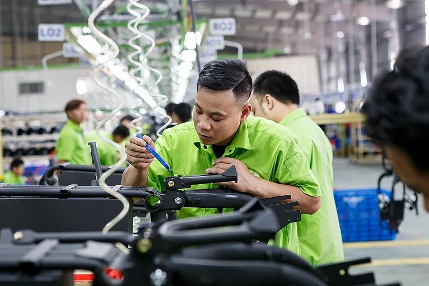 """Nhân lực kỹ thuật cao - """"nút thắt"""" của doanh nghiệp công nghiệp hỗ trợ"""