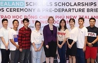 20 hoc sinh viet nam nhan hoc bong new zealand schools scholarships