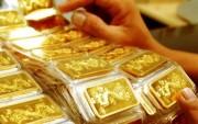 Giá vàng SJC tăng trước đà giảm của vàng thế giới