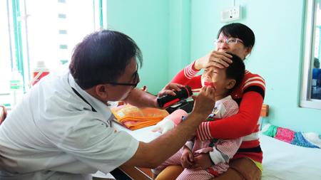 Kết quả hình ảnh cho Dấu hiệu mắc bệnh tay chân miệng gia tăng