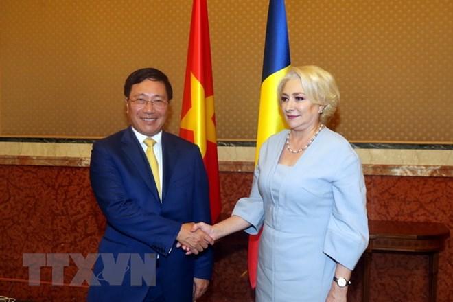 Phó Thủ tướng, Bộ trưởng Ngoại giao Phạm Bình Minh thăm Romania