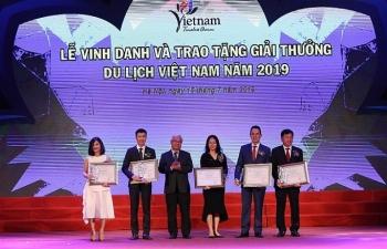 sun group boi thu giai thuong tai le trao giai thuong du lich viet nam 2019