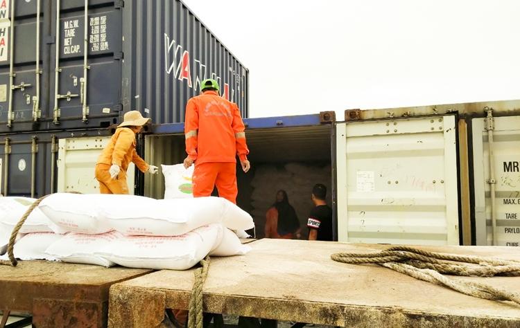Giá cước vận tải tăng cao khiến nhiều nhà nhập khẩu trên thế giới hiện không muốn ký hợp đồng FOB