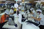 Ngành dệt may với Cộng đồng kinh tế ASEAN: Sức ép nhỏ, cơ hội lớn
