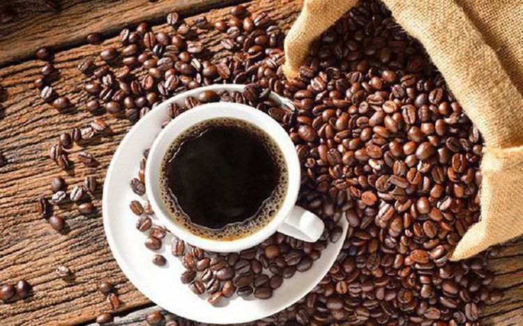 Giá cà phê hôm nay 27/4: Đồng loạt vượt mốc 33 triệu/tấn