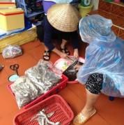 Nở rộ dịch vụ hải sản 'xách tay'