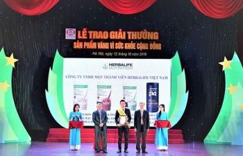 herbalife viet nam nhan giai thuong san pham vang vi suc khoe cong dong nam 2019
