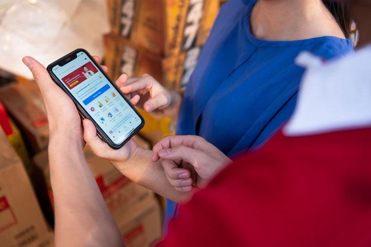 VinShop tăng trưởng 370%, nâng đời công nghệ 80.000 tạp hóa