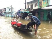Thừa Thiên Huế: Lũ muộn chia cắt giao thông, hư hại hoa màu