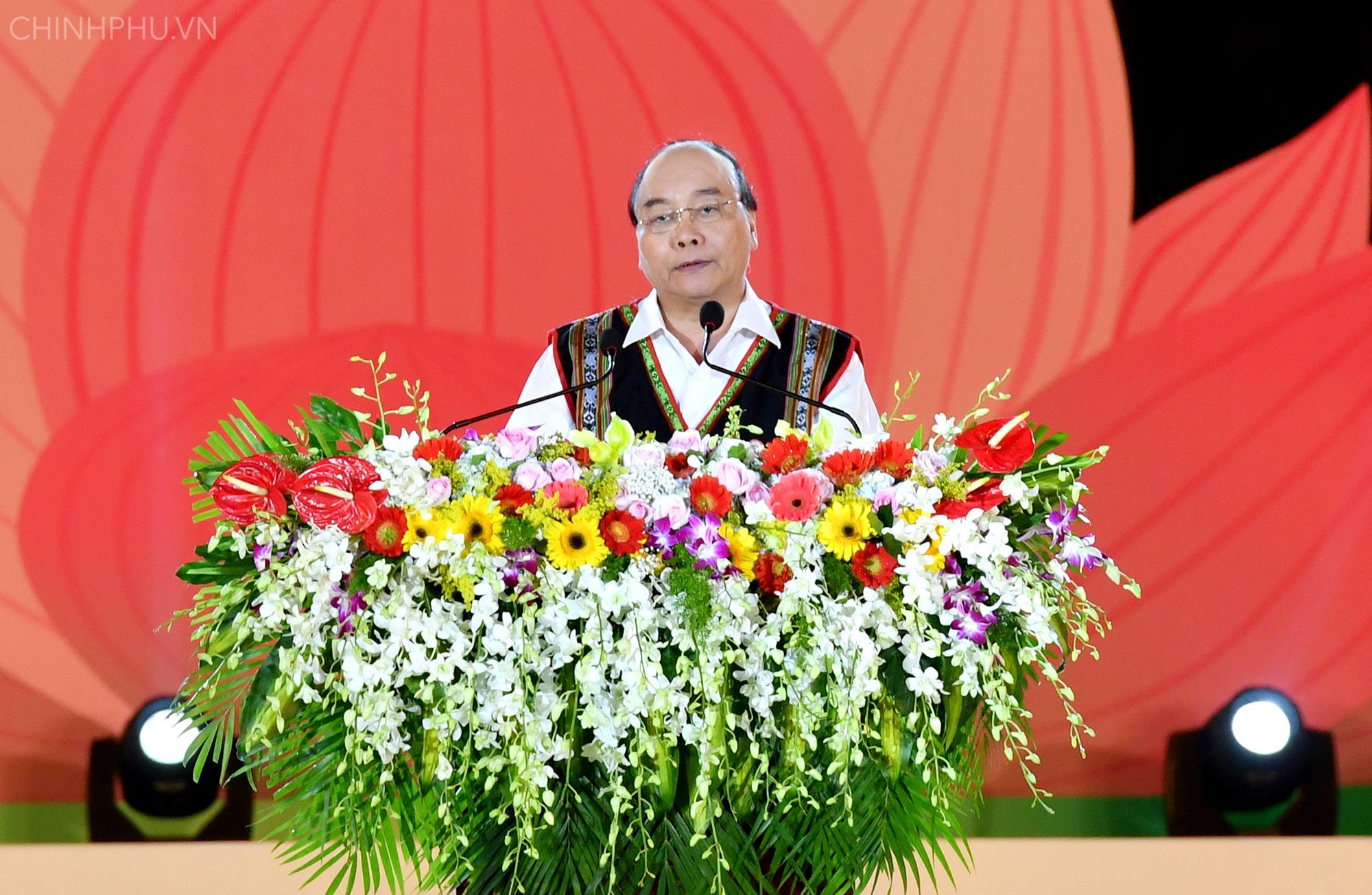chinh phu gui gam dong bao tay nguyen su menh giu gin khong gian van hoa cong chieng