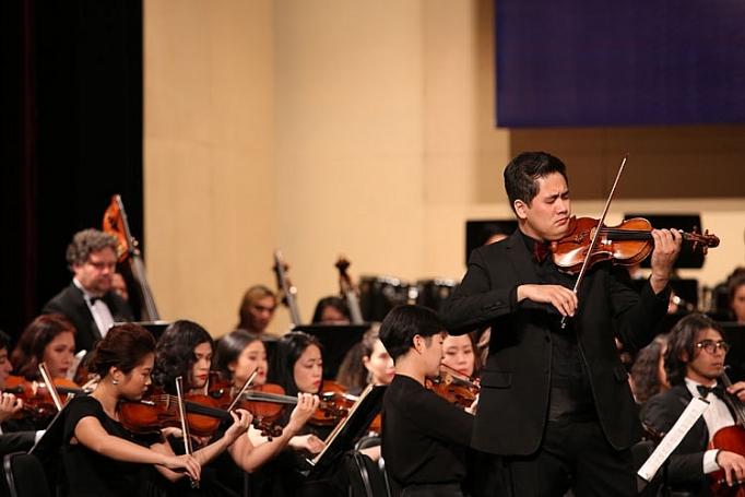 sun symphony orchestra to chuc chuong trinh hoa nhac mua giang sinh an lanh
