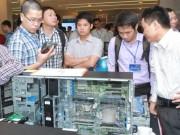 Lao động làm công ăn lương Việt Nam trẻ tuổi, năng động