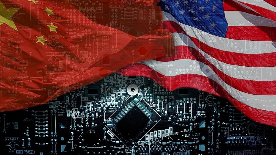 """Ngành công nghiệp bán dẫn: """"Con tin"""" của thương chiến Mỹ-Trung"""