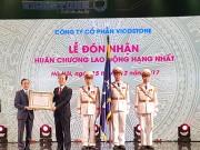 Vicostone nhận Huân chương lao động hạng Nhất