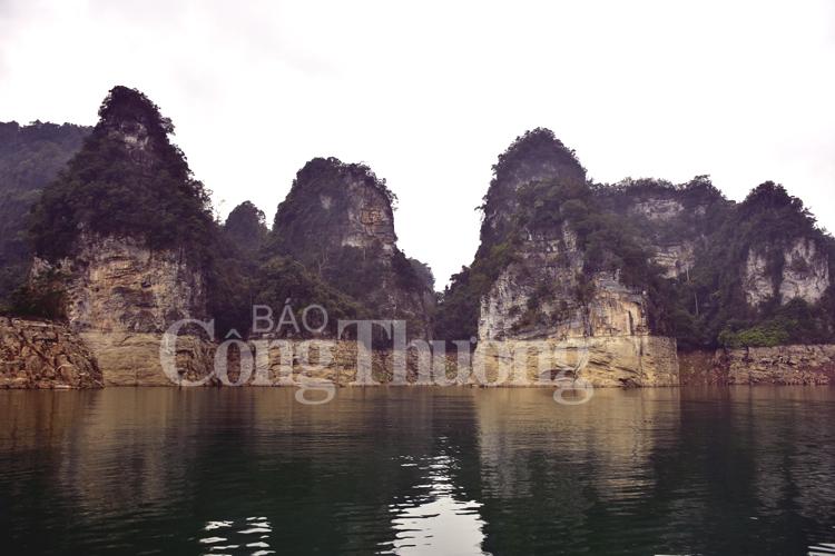 Khám phá trải nghiệm cùng lòng hồ Na Hang