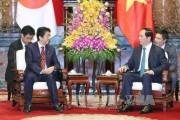 Chủ tịch nước Trần Đại Quang tiếp thân mật Thủ tướng Nhật Bản Shinzo Abe