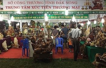 duy tri muc tang truong thuong mai ban le tren dia ban dak nong
